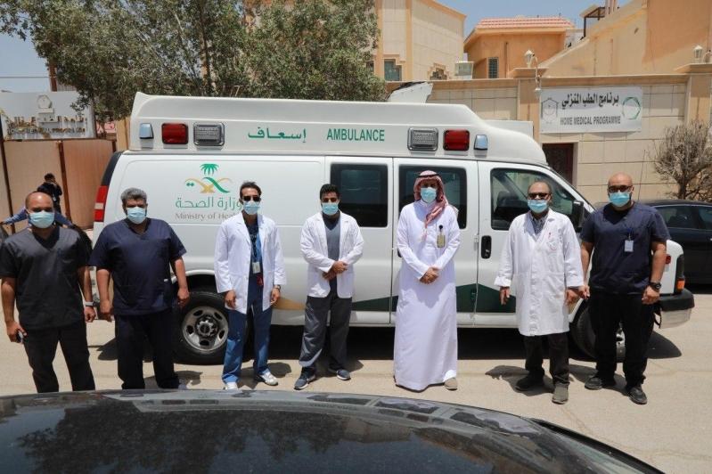 سعود الطبية: إجراء أول تغيير لأنبوب الفتحة الرغامية لثلاثينية في منزلها - المواطن