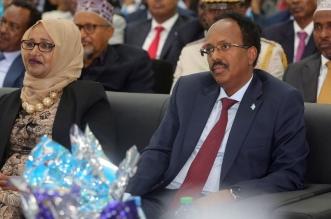 الرئيس الصومالي فارماجو وقع قانون تمديد ولايته لسنتين - المواطن