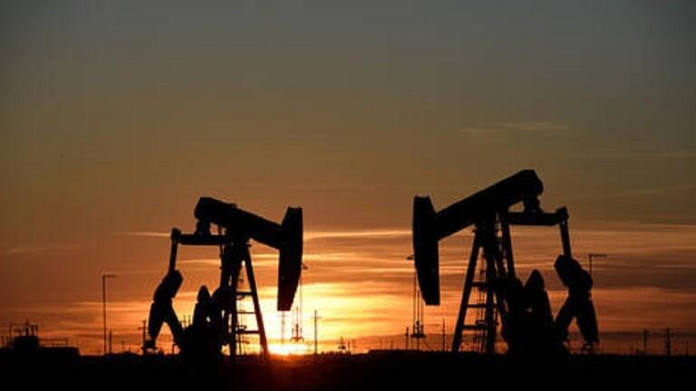ارتفاع أسعار النفط وسط مخاوف نقص إمدادات الوقود 