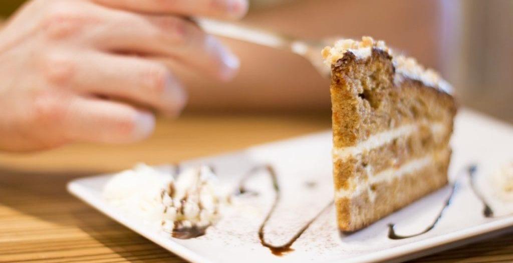 تحذير من الاستهلاك المفرط لـ الأطعمة السكرية في العيد