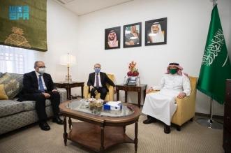 الخريجي يستعرض العلاقات الثنائية مع مساعد وزير الخارجية المصري - المواطن