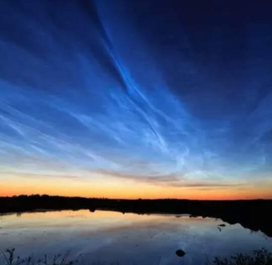 أبو زاهرة: القطب الشمالي على موعد مع الغيوم الزرقاء الكهربائية