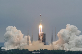 الصاروخ الصيني الخارج عن السيطرة يدخل الغلاف الجوي نهاية الأسبوع