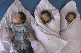 الصين تسمح أخيرًا بالطفل الثالث
