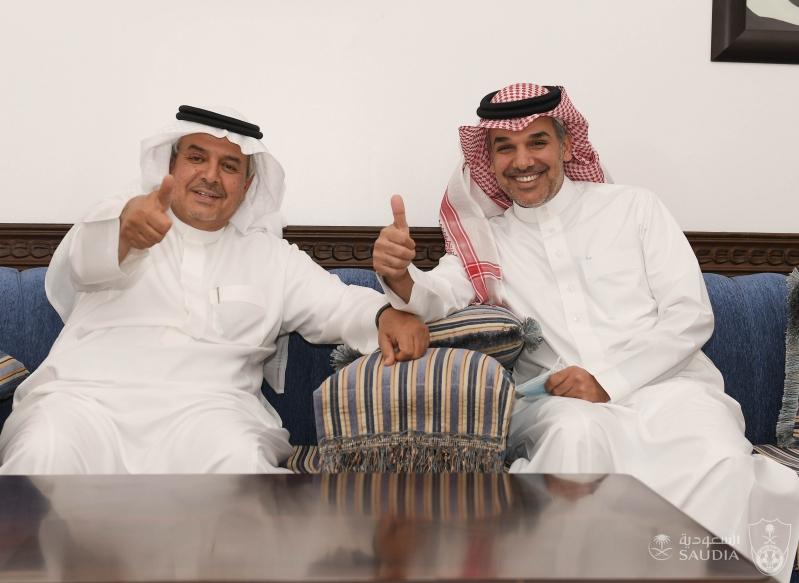 النفيعي مع منصور بن مشعل