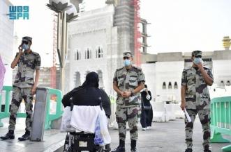 جهود إنسانية يقدمها رجال الأمن لخدمة ضيوف بيت الله الحرام - المواطن