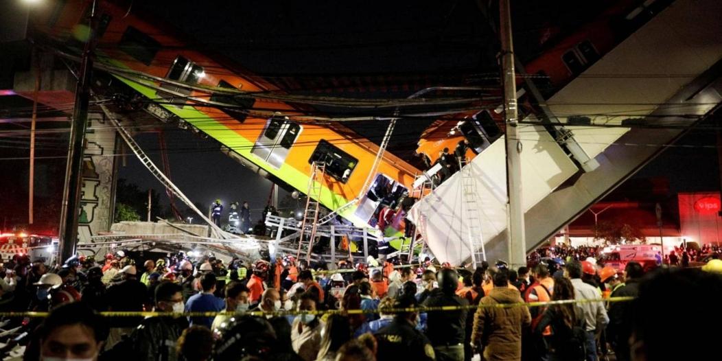 شاهد لحظة انهيار جسر مر من فوقه قطار بالمكسيك