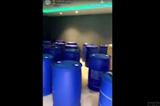 ضبط مصنعين للخمور بداخل إحدى استراحات الرياض - المواطن