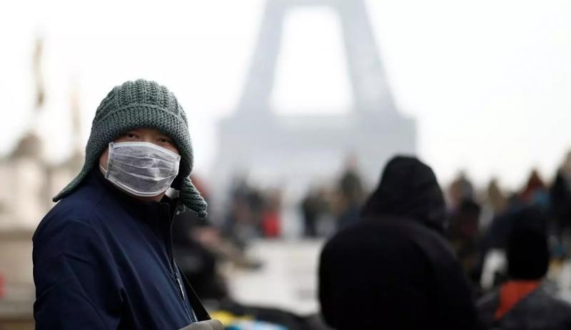 فرنسا تمنح الجنسية لمئات الأجانب لدورهم في مكافحة كورونا