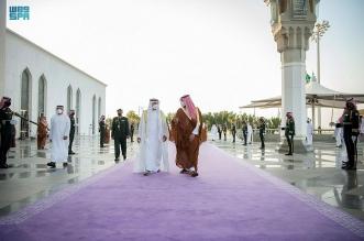 محمد بن سلمان يستقبل ولي عهد أبو ظبي بمطار الملك عبدالعزيز8