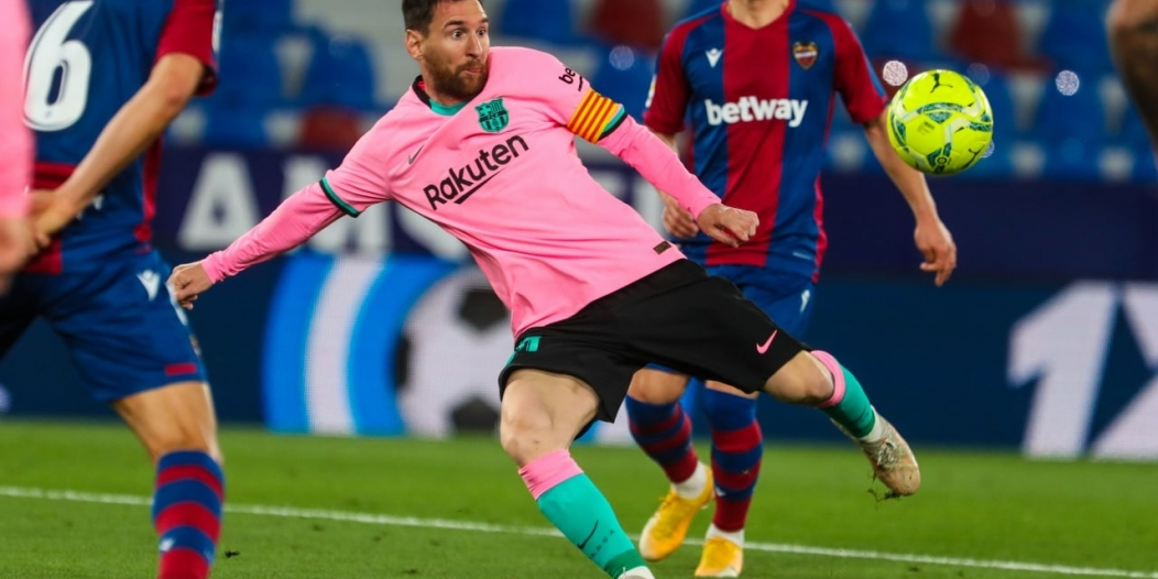 برشلونة قد يخسر ميسي حتى يناير 2022!