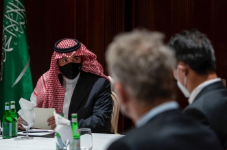 وزير الداخلية يلتقي عددًا من الرؤساء التنفيذيين ومديري كبرى الشركات الألمانية - المواطن