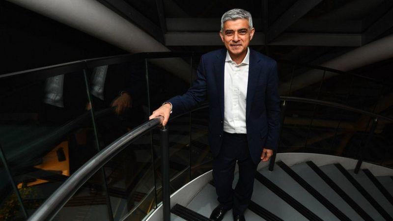5 معلومات عن صادق خان أول مسلم يترأس منصب عمدة لندن (3)