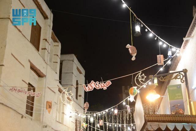 ميادين وطرق جدة تتزين ابتهاجًا بعيد الفطر المبارك - المواطن
