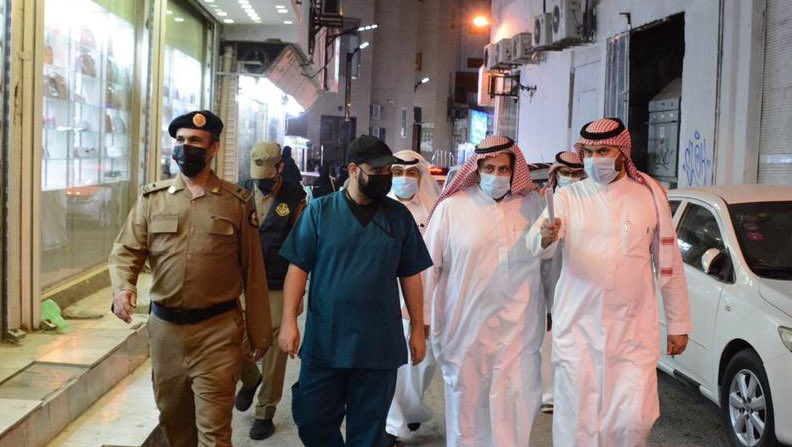 إغلاق سوق شعبي شهير بمكة لمخالفته الإجراءات الاحترازية