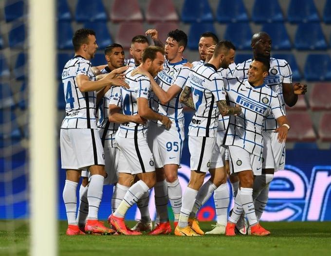 رسميًا .. إنتر ميلان بطلًا لـ الدوري الإيطالي