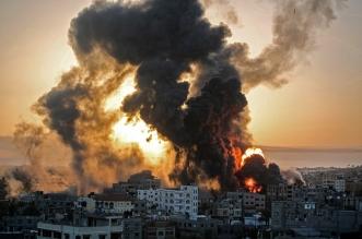 طيران الاحتلال الإسرائيلي يشن غارات عنيفة على قطاع غزة - المواطن