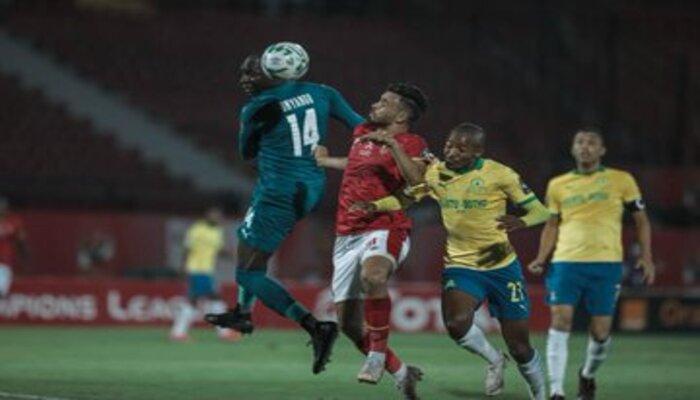 المارد الأحمر يشكو حكم مباراة الأهلي ضد صن داونز