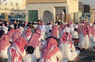 أهالي أحد رفيدة يؤدون صلاة عيد الفطر والتزام بالإجراءات الاحترازية - المواطن
