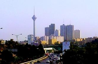 وفاة السكرتيرة الأولى لسفارة سويسرا بعد سقوطها من أعلى برج في طهران - المواطن