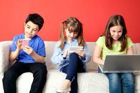 السهر والإلكترونيات والأكل غير الصحي أبرز إشكاليات الأطفال في العيد - المواطن