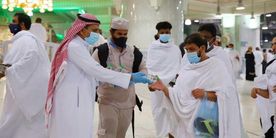 توزيع 200 ألف عبوة ماء زمزم  ليلة 27 رمضان