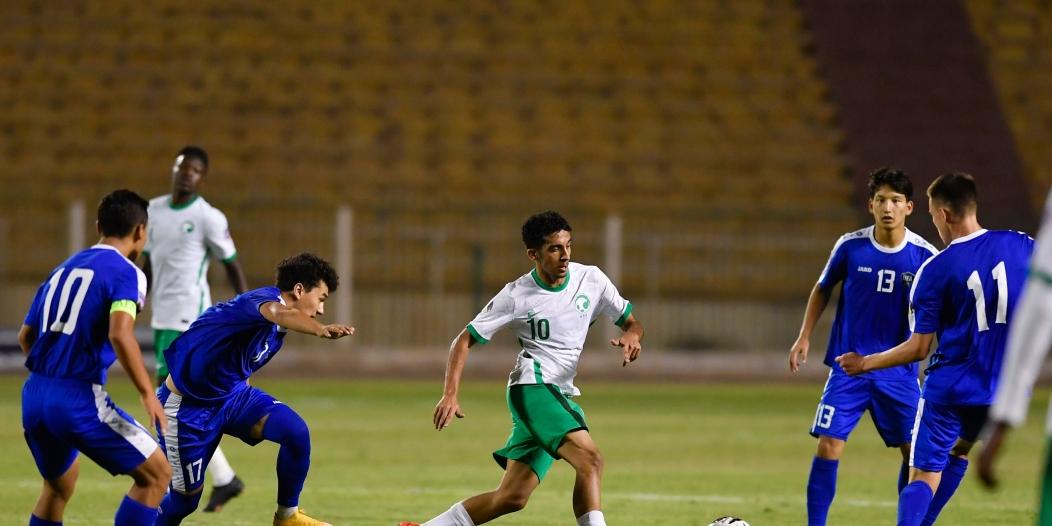 الأخضر يتجاوز أوزبكستان بثنائية في كأس العرب