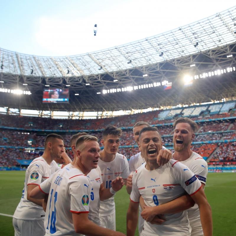 التشيك ضد هولندا
