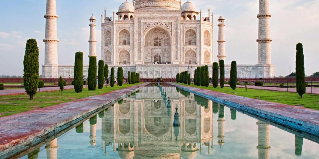 الهند تفتح تاج محل للسياح مجددًا مع انخفاض إصابات كورونا