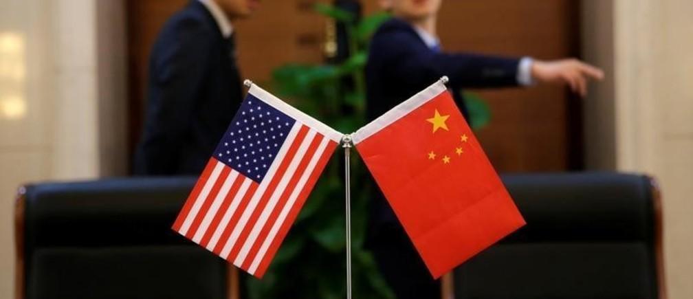 تصاعد حدة الخلاف والتهديد بين أمريكا والصين