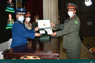 رئيس هيئة الأركان العامة يرعى حفل تخريج دورات كلية القيادة والأركان للقوات المسلحة8