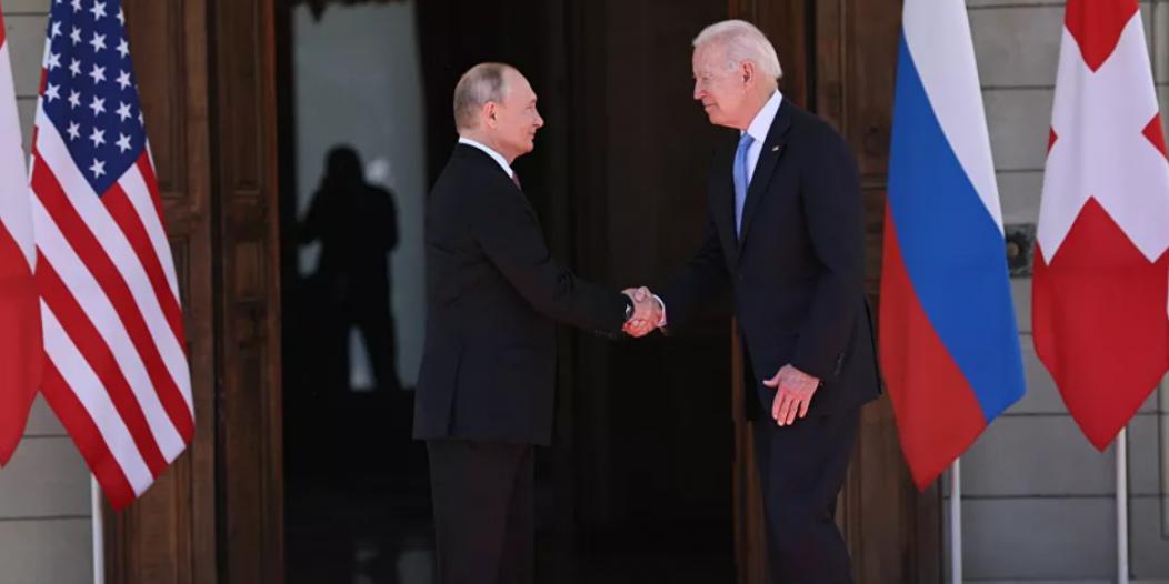 بوتين يمازح بايدن قبيل بدء محادثات القمة