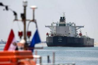 غرق سفينة نفطية في مصر (3)