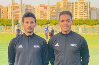 ماجد الشمراني يدير مباراة مصر والجزائر