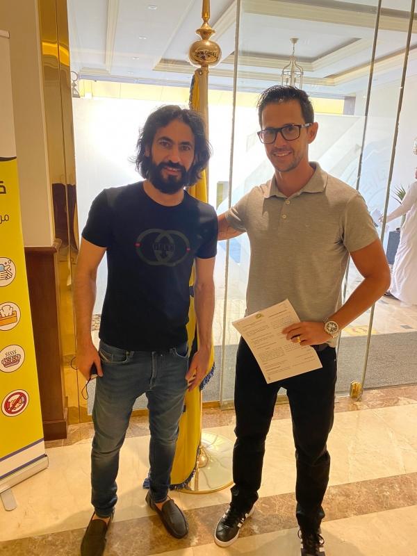 مارسيلو سيزار مع حسين عبدالغني