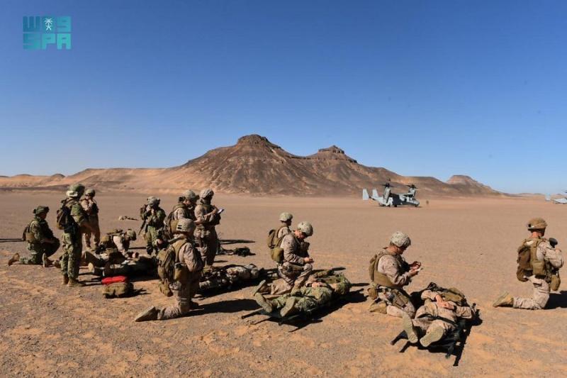 استمرار مناورات مخالب الصقر 4 بين القوات البرية السعودية والقوات الأمريكية - المواطن
