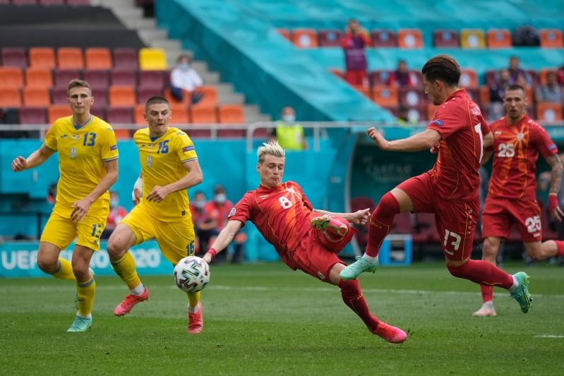 منتخب أوكرانيا ضد مقدونيا