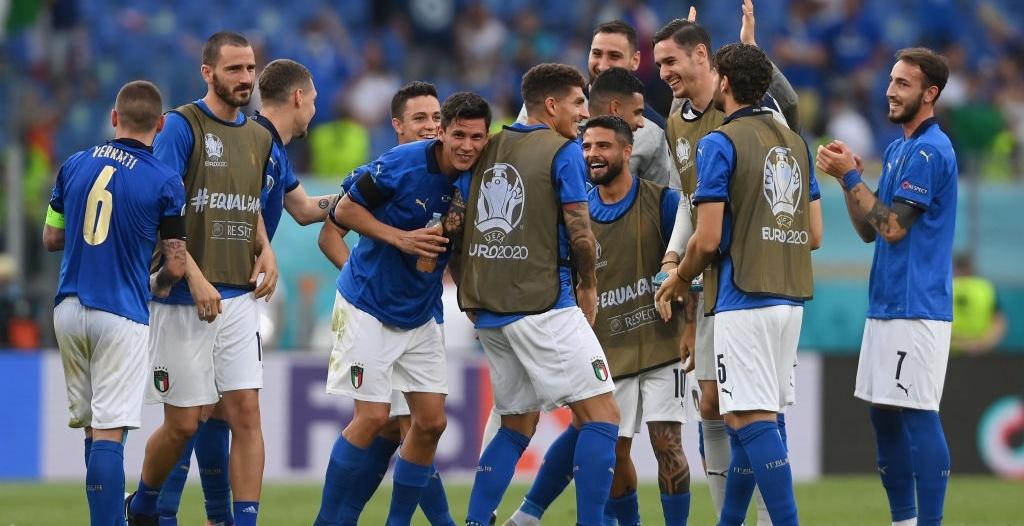 منتخب إيطاليا يخطف الأنظار في يورو 2020