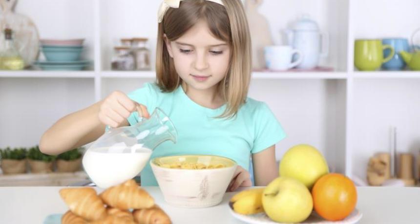 4 فوائد صحية تؤكد أهمية وجبة فطور الأطفال