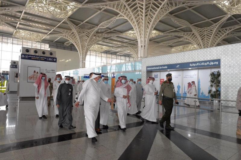 رئيس الطيران المدني يتفقد مطار الأمير محمد بن عبدالعزيز الدولي بالمدينة - المواطن