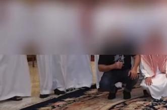 ضبط 40 شخصًا في تجمع مخالف للإجراءات الاحترازية بخميس مشيط - المواطن