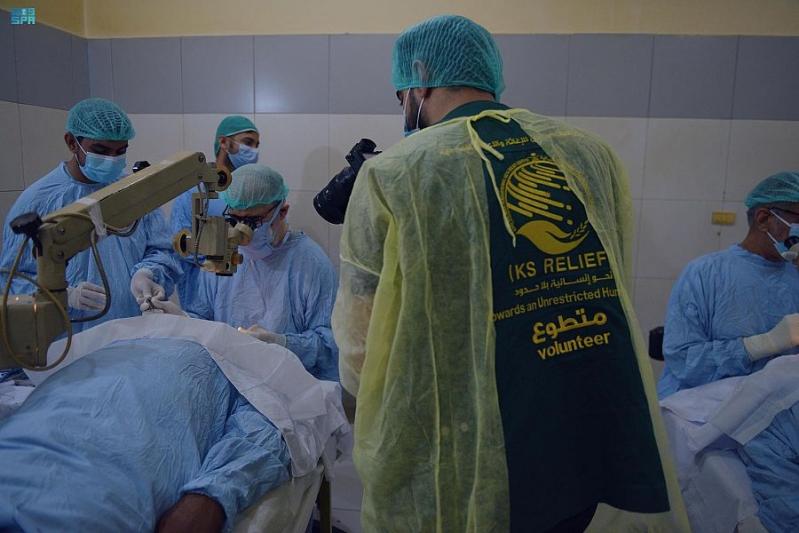 إغاثي الملك سلمان يجري 5 آلاف عملية لمصابين بـ العمى في باكستان - المواطن