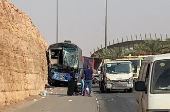إصابة 12 شخصًا في تصادم مروع بين شاحنة وحافلة بالرياض - المواطن