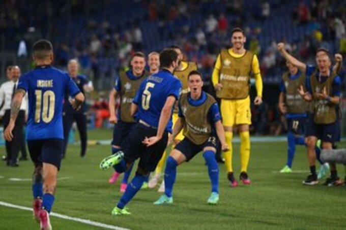 إيطاليا أول المتأهلين لـ ثمن نهائي يورو 2020