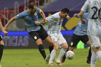 ميسي - الأرجنتين وأوروجواي