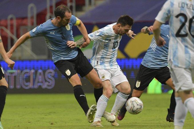 رقم قياسي لـ ميسي بعد فوز الأرجنتين على أوروجواي