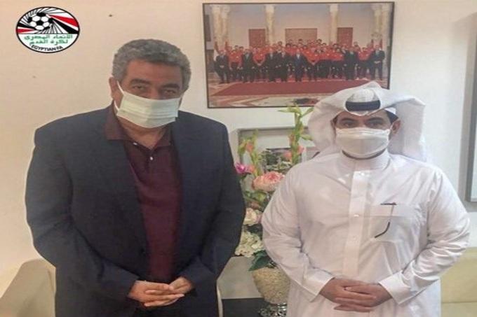 رئيس اتحاد القدم المصري يستقبل رجاء الله السلمي