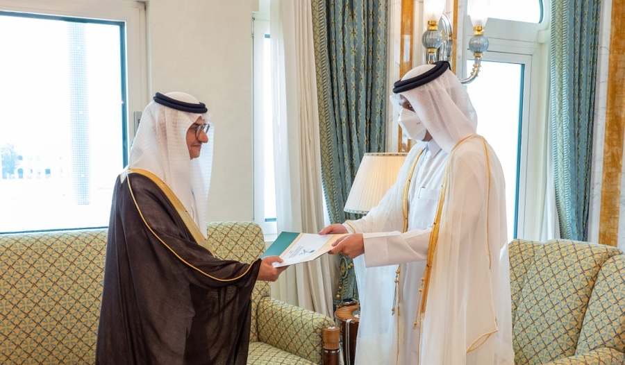 قطر تتسلم أوراق اعتماد سفير المملكة الأمير منصور بن خالد بن فرحان
