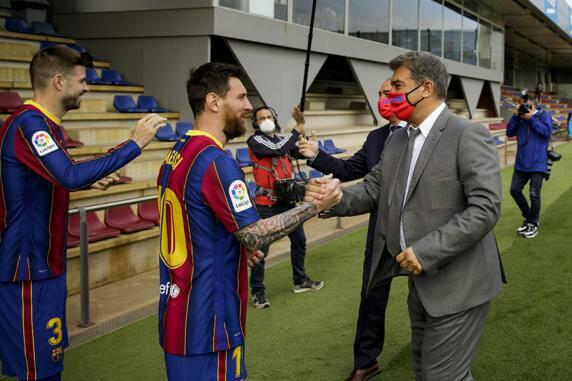 ميسي يصنع أزمة جديدة في برشلونة