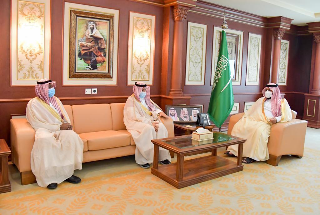 محمد بن عبدالعزيز يهنئ جامعة جازان لحصولها على الاعتماد البرامجي - المواطن